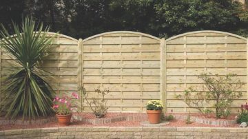 Wooden Fencing Company Northamptonshire